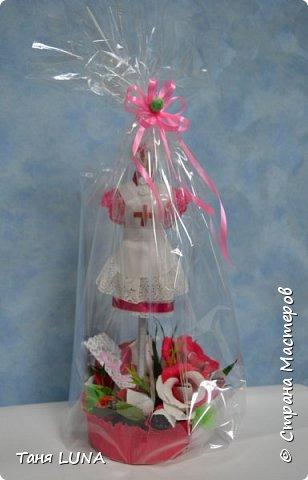 мини-манекен медсестра, для школьного мед. работника и букетик с конфетками. фото 1