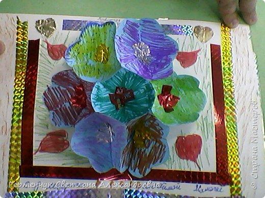 Сегодня приготовили открытки любимым мамочкам к 8 Марта Ребята выполняли свои поделки  с усердием и любовью!Старались украсить поинтереснее, поярче .Поработали от души и вот результат !!! Лицевая сторона . фото 36