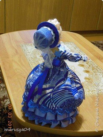 Вот такая дама с веером получилась))). Делала на основании костюмов для верховой езды - стиль диктовала шляпка... фото 4