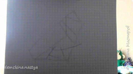 """Сегодня вам покажу, как с помощью карандаша рисовать голубей – самых мирных существ в мире. Ведь даже если они вам нагадят на голову, они сделают это мирно! Для начала нарисуем вот такую """"заготовку"""". фото 1"""