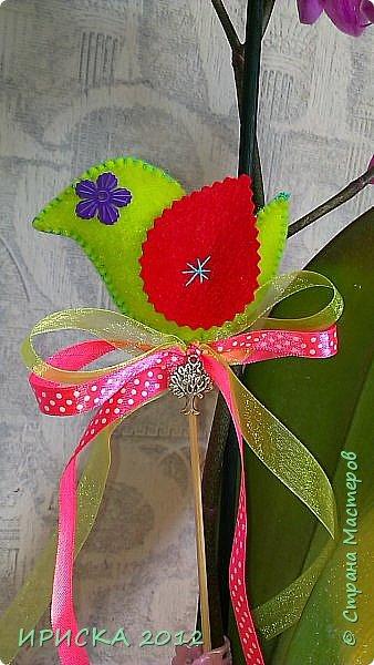 Девочек, девушек, мам и бабушек с весенним 8 марта поздравляю!!! Посмотрите за окошко, стало там теплей немножко. Главный праздник наступает, солнышко его встречает!!! Счастья, здоровья, любви, вдохновения и массы времени на творчество!!! И пусть Ваше творчество приносит удовольствие и благополучие!!! фото 11