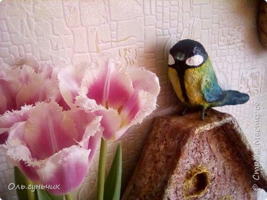 Привет! Хочу поздравить всех девчонок с нашим весенним праздником 8 марта!!! И показать вам мою новую папьешную работу - скворечник, на который уже прилетела синичка))) Правда домик этот не настоящий,а декоративный... фото 24
