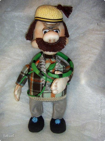 Всем привет и поздравления с праздником 8 Марта!  Очередная смена вида творчества- потянуло попробовать шить куклы из капрона. Впервые .  Перед вами мои первые результаты.  фото 5
