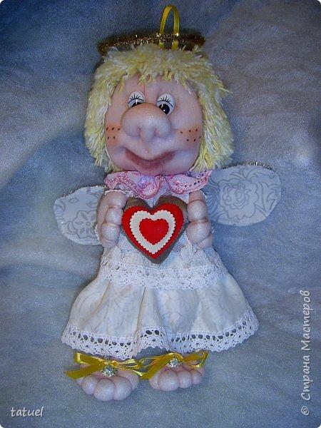 Всем привет и поздравления с праздником 8 Марта!  Очередная смена вида творчества- потянуло попробовать шить куклы из капрона. Впервые .  Перед вами мои первые результаты.  фото 3