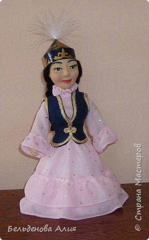 Рост 25 см. Сувенирная кукла в казахском национальном наряде. фото 1