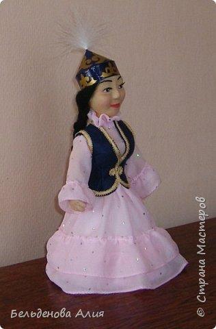 Рост 25 см. Сувенирная кукла в казахском национальном наряде. фото 2