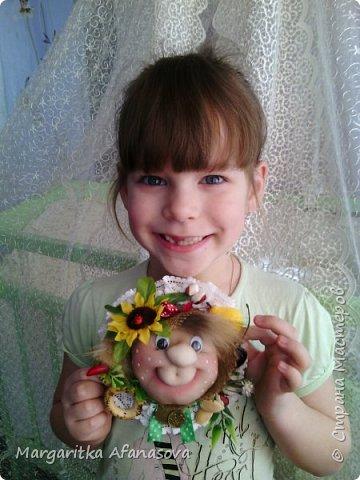 Девочки,поздравляем всех с праздником  8 марта!!!!!!!!!!!  Желаем счастья,здоровья,побольше улыбок и радости!!!!!!!!! И делимся с вами нашей с дочкой идеей подарков нашим мамам и бабушкам-магнитами на холодильник на скорую руку) может кому пригодится! фото 1