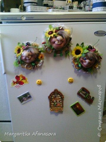 Девочки,поздравляем всех с праздником  8 марта!!!!!!!!!!!  Желаем счастья,здоровья,побольше улыбок и радости!!!!!!!!! И делимся с вами нашей с дочкой идеей подарков нашим мамам и бабушкам-магнитами на холодильник на скорую руку) может кому пригодится! фото 6