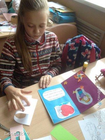 Еще раз Здравствуйте! Валентинки в стиле оригами. Очень понравилось складывать сердечки. Спасибо фото с интернета. Вот такие открытки Валентинки я подготовила в качестве примера. фото 9