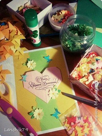 Еще раз Здравствуйте! Валентинки в стиле оригами. Очень понравилось складывать сердечки. Спасибо фото с интернета. Вот такие открытки Валентинки я подготовила в качестве примера. фото 2