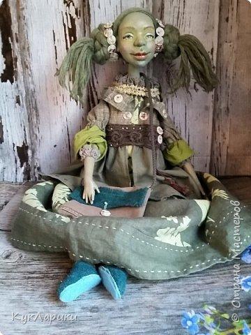 Всем Привет!!!У меня новая кукла.Кикимора Весенняя. Кукла большая почти 60 см.Сидит самостоятельно. фото 4