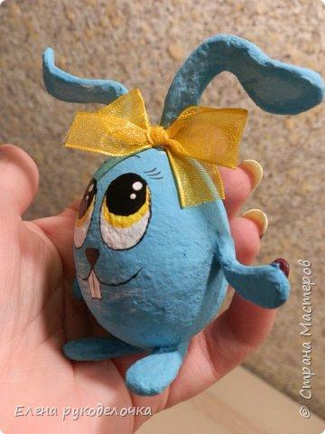 Сегодня я хочу показать как делается пасхальный кролик, на основе яичной скорлупы. фото 16