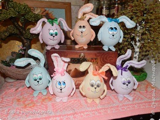 Сегодня я хочу показать как делается пасхальный кролик, на основе яичной скорлупы. фото 17