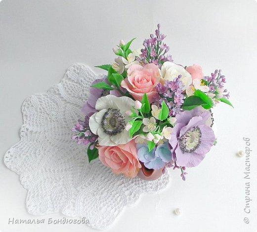 Цветочная композиция в чайнике, холодный фарфор. фото 6
