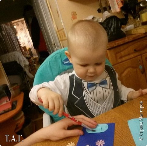 8 марта женская половина семьи получила подарки от Виталика. фото 3