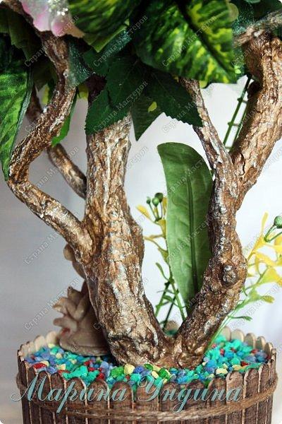 Всем привет! Закончила я свое очередное дерево. Заказали на 8  марта. На этот раз решила сделать три кроны. Высота изделия 80 см. фото 23