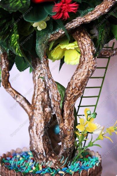 Всем привет! Закончила я свое очередное дерево. Заказали на 8  марта. На этот раз решила сделать три кроны. Высота изделия 80 см. фото 24
