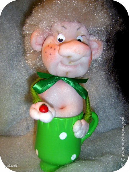 Всем добрый вечер! Продолжаю осваивать кукол из капрона.  Пошила домовят.  Этот ростом 33 см. фото 7