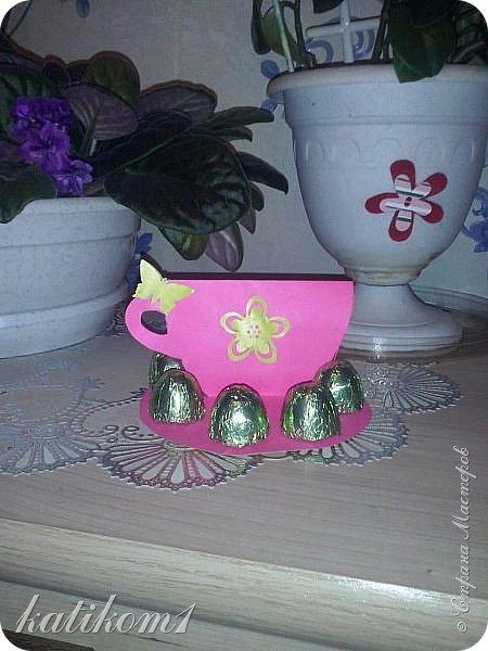 Вот такие  чашечки с конфетами сынуля сделал своим бабушкам фото 1