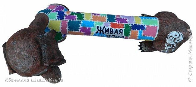 """Эта таксочка была сделана для конкурса этнического фестиваля """"Живая вода"""". В конкурсе заняла первое место. Потом на ярмарке она нашла своего хозяина и уехала в Ямал. Так что имя её мне неизвестно. Высота 35 см. Длина 65 см. фото 2"""