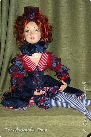 """Авторская будуарная кукла :""""Марина"""".  Единственный экземпляр. Ручная работа. Рост: 70см.  Материал: Паперклей, текстиль. Внутри тела- древесные опилки. Рост: 70см.  Нежная, изящная девочка. Самостоятельно сидит без подставки. Может менять позы. Самостоятельно держит ручки на весу. фото 2"""