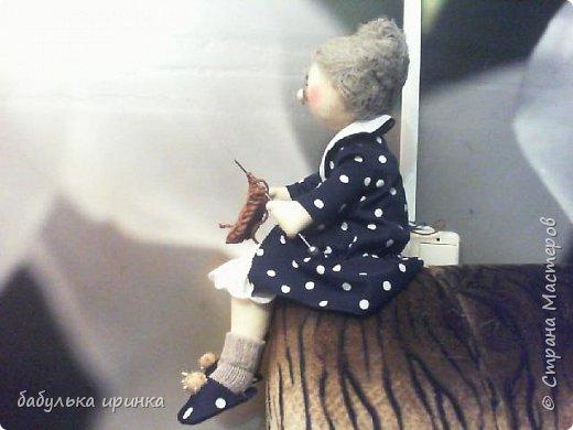 Здравствуйте! вот такая у меня бабуля рукодельница получилась! фото 1