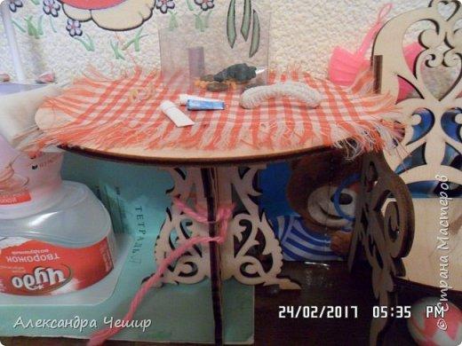 Привет всем! Сейчас я покажу вам комнату, где живут Браер, Дарлин и Лора.  фото 16