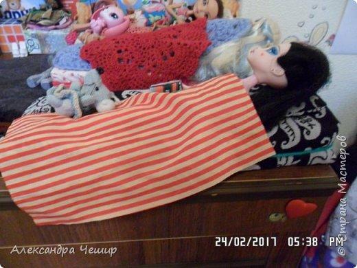 Привет всем! Сейчас я покажу вам комнату, где живут Браер, Дарлин и Лора.  фото 36