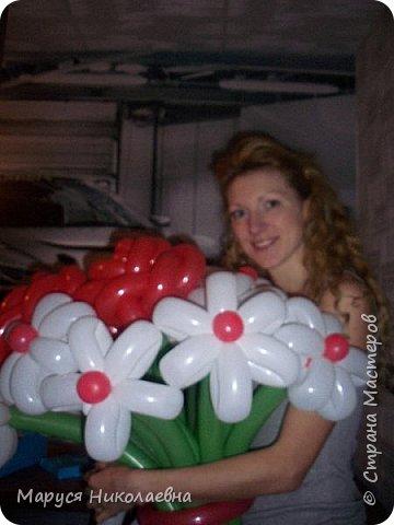 Покажу вам мои шарокрутики - цветочки. Здесь - только букеты из воздушных шаров. Все они сделаны в разное время, в основном на заказ. фото 15