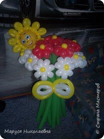 Покажу вам мои шарокрутики - цветочки. Здесь - только букеты из воздушных шаров. Все они сделаны в разное время, в основном на заказ. фото 7
