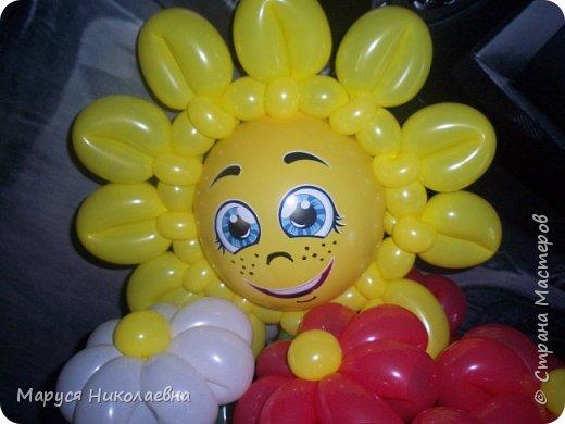 Покажу вам мои шарокрутики - цветочки. Здесь - только букеты из воздушных шаров. Все они сделаны в разное время, в основном на заказ. фото 8