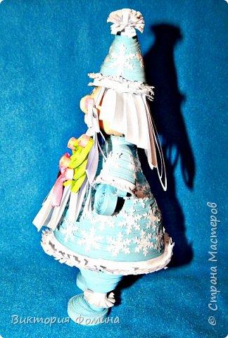 Доброго времени суток! Хочу представить игрушечку в технике квиллинг. Это Дед Мороз и его высота 17 см. Увидела мк этой фигурки у одной блогерши и не удержалась, чтоб не сделать и себе такого. А вот и ссылочка на мк http://quilling-life.com/kvilling-santa-klaus/ фото 4
