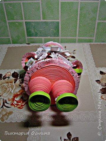 Доброго времени суток! Хочу представить игрушечку в технике квиллинг. Это Дед Мороз и его высота 17 см. Увидела мк этой фигурки у одной блогерши и не удержалась, чтоб не сделать и себе такого. А вот и ссылочка на мк http://quilling-life.com/kvilling-santa-klaus/ фото 10