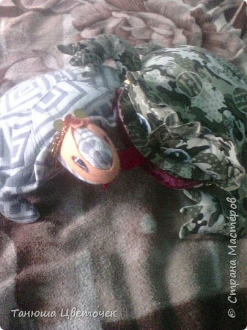 Подушка лягушка.( но говорят что жаба) фото 6