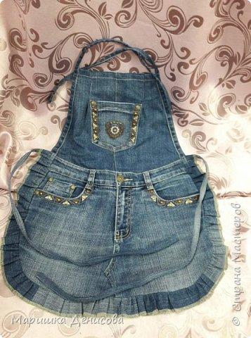 наша джинсовая коллекция !идея пришла в голову когда наша директор сделала конкурс на корпоратив,придумать что то интересное от каждого ателье!и вот мы с напарницей решили пошить из ненужных кусочков джинса,очень нужные в быту вещи! фото 2