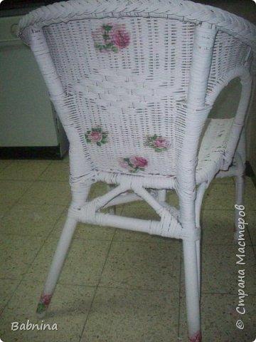 Нашла старое облезлое соломенное кресло и не смогла пройти мимо. Теперь вот такая красоты стоит у нас дома!  фото 3