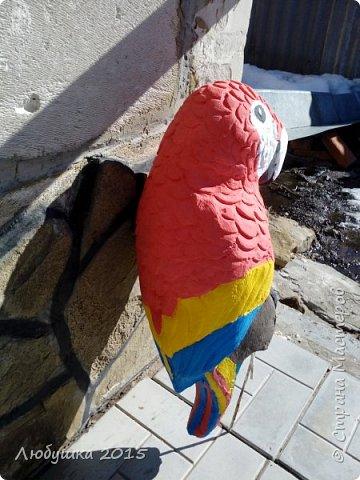 Добрый день. Как то раз я сделала корабль-песочницу для доченьки, пришел в гости ее дядя и сказал, что нам нужен пиратский попугай. Как считаете получился? фото 2