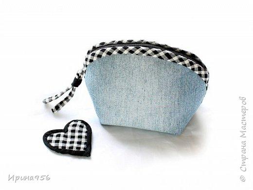 Здесь МК по шитью косметички в форме кирпича :) http://knitly.com/3495 фото 7