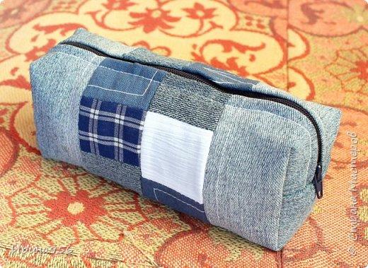 Здесь МК по шитью косметички в форме кирпича :) http://knitly.com/3495 фото 4