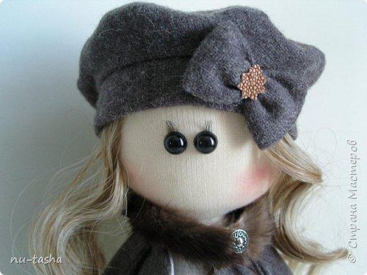 """Новая интерьерная куколка из серии """"Модницы"""" - Софи. Рост 30 см, стоит самостоятельно, руки-ноги двигаются. фото 2"""
