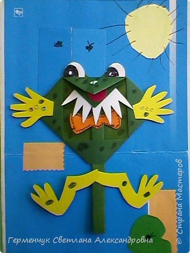 С приходом  весны  развеселились   лягушата и устроили веселый танец С ребятами  4 класса  сделали динамическую  поделку ,которую увидела на странице Сак Натальи Александровны ,немного усовершенствовали       и представляем Вам наших лягушек - мальчиков и девочек. фото 4