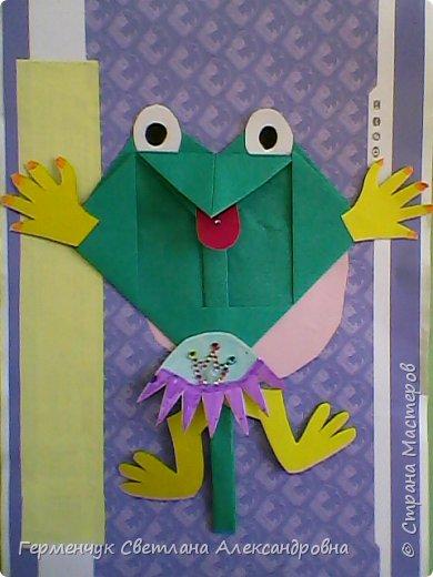 С приходом  весны  развеселились   лягушата и устроили веселый танец С ребятами  4 класса  сделали динамическую  поделку ,которую увидела на странице Сак Натальи Александровны ,немного усовершенствовали       и представляем Вам наших лягушек - мальчиков и девочек. фото 10