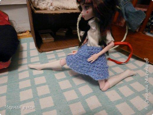 ((Привет , это я Дракулаура! Сегодня я решила занятся гимнастикой. фото 2