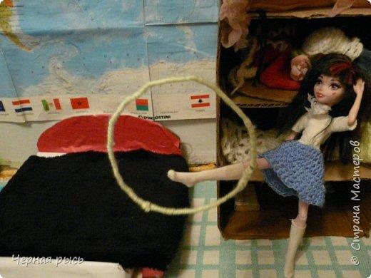 ((Привет , это я Дракулаура! Сегодня я решила занятся гимнастикой. фото 6