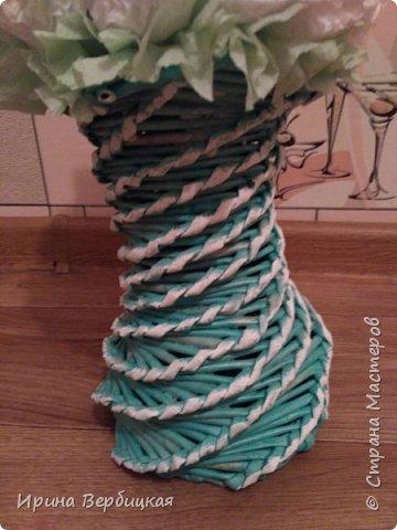 Топиарий, высота 35 см, трубочки покрашены в колер изумрудного цвета, сверху клей ПВА, лак и патина. фото 3