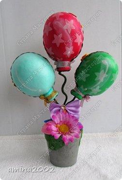 Добрый день!Добрый день! 1 апреля мы не только смело подшучиваем над своими близкими, организуем различные розыгрыши для знакомых, но и преподносим друг другу оригинальные и шутливые подарки. Праздничный букет из фоамирана.С одной стороны мы видим шары.... фото 1