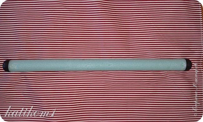 Дорожка для ходьбы.  Пришитые накладки для ванны антискользящие, одна сторона у них в присосках, а другая в холмиках, пупырышки (если честно не знаю как правильно их обозвать)))))) Ткань для обшивки мебели. фото 5