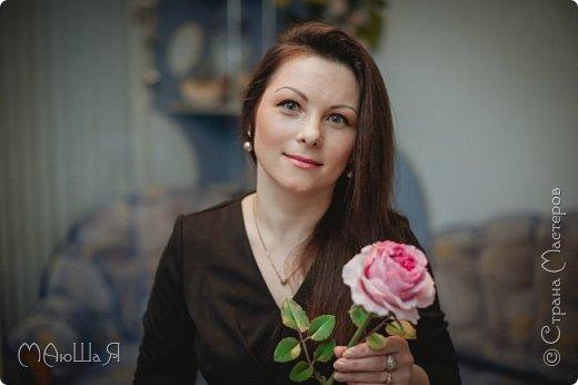 Здравствуйте жители страны! На этот раз розы. И немного фото из моего интервью по керамической флористике! Пионовидная роза, спасибо Инне Голубевой за мастер-класс и вдохновение!!!!!! фото 12