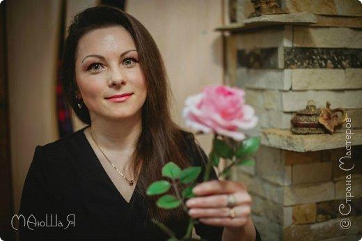 Здравствуйте жители страны! На этот раз розы. И немного фото из моего интервью по керамической флористике! Пионовидная роза, спасибо Инне Голубевой за мастер-класс и вдохновение!!!!!! фото 2