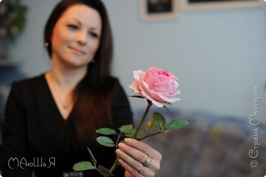 Здравствуйте жители страны! На этот раз розы. И немного фото из моего интервью по керамической флористике! Пионовидная роза, спасибо Инне Голубевой за мастер-класс и вдохновение!!!!!! фото 3
